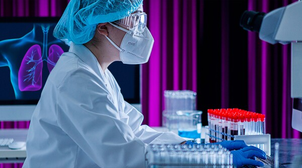 Lung cancer researcher in a laboratory