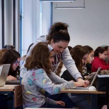 Aya Mouallem Teaches Participants at a Recent All Girls Code Event