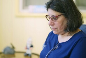 Brain aneurysm survivor Cheryl Dehaut
