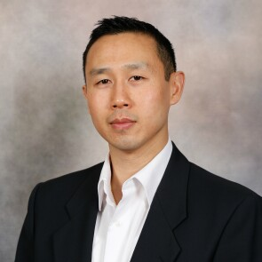 Jonathan Ng, Staff Engineer, Temperature Systems, Johnson & Johnson, and Executive Officer, U.S. Air Force Reserve
