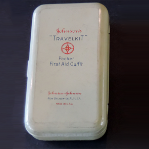 Johnson & Johnson 1921 Travelkit First Aid Kit