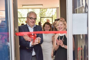 Dr. Paul Stoffels and Glenda Gray open the Imbokodo clinical trial site in South Africa