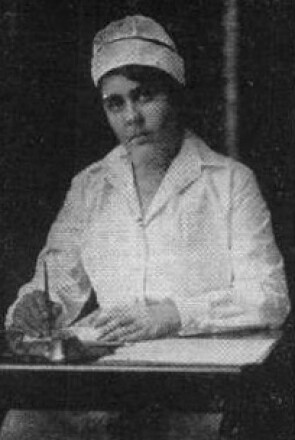 Katherine Hannan, a Johnson & Johnson Employee Who Put Her Nursing Skills to Use on the Front Lines During World War I